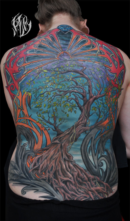 Backpiece, Rückentattoo,colortattoo, tattoos ,Ralf Spitzer, shameyabc, Black Rabbit Ink, Baumtattoo