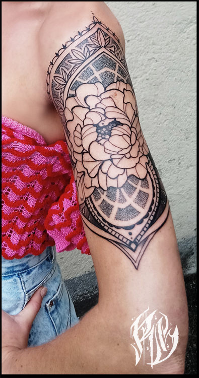 linework, mandala, blackwork, munichtattooer, ralf spitzer, shameyabc, tattoo, blackrabbitink