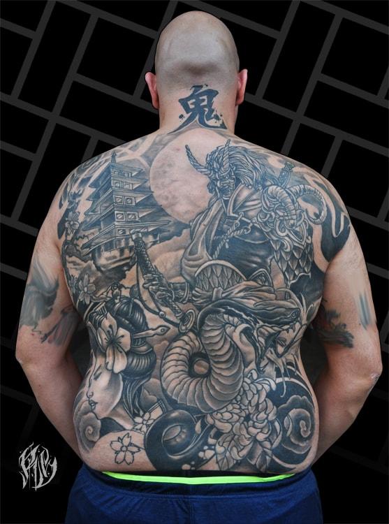 Japanese Tattoo, chinesische schriftzeichen, Tattoo, Tattoostudio, Ralf Spitzer, Black Rabbit Ink, ShameyABC München, Schlangentattoo