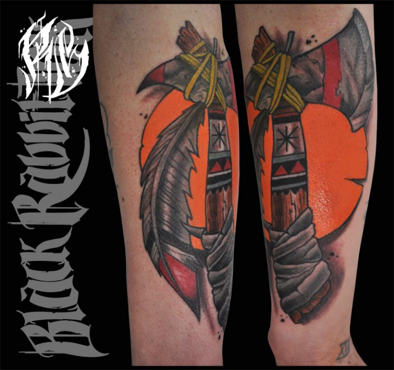 Tomahawk, Traditionaltattoo, Tomahawktattoo, Tattoo, Tattoowelt, München, Oldschool, Tradidtional, Neotraditional, Tattoos, Brusttattoo, Cesttattoo, Ralf Spitzer, Shameabc